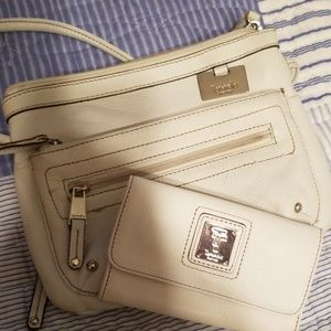 White leather crossbody with matching wallet